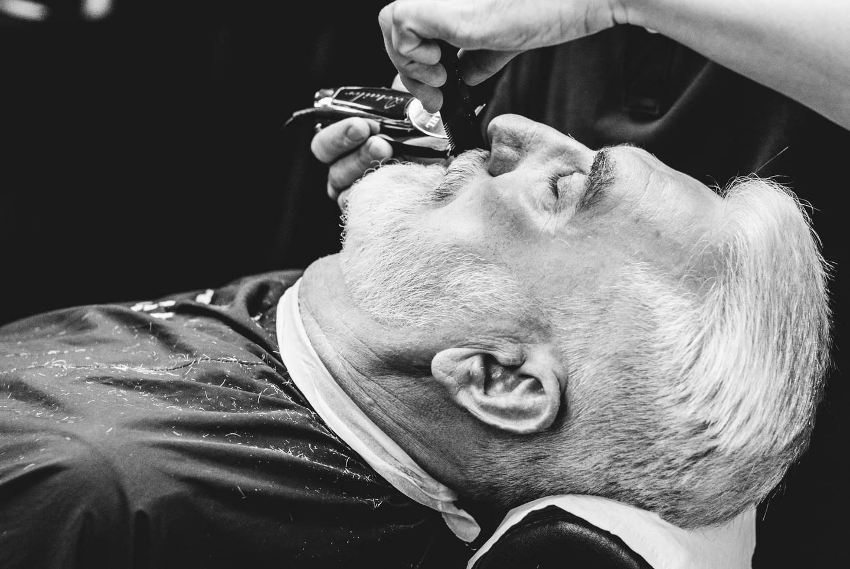 Догляд за вусами FIRM
