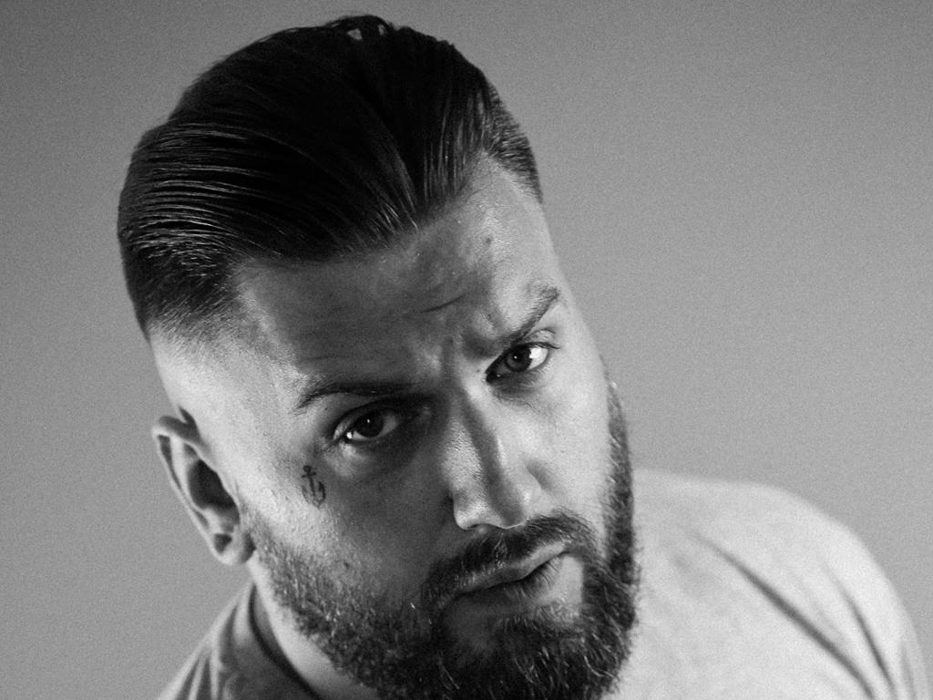 Undercut - men's haircut